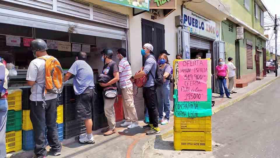 20% de los comercios en Puerto Cabello cambiaron su línea comercial para poder abrir